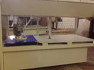 Станок для шлифовки и полировки кромок стекла (фото 3)