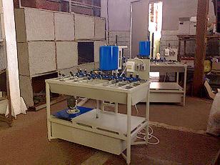 Станок для шлифовки и полировки кромок стекла (фото 4)